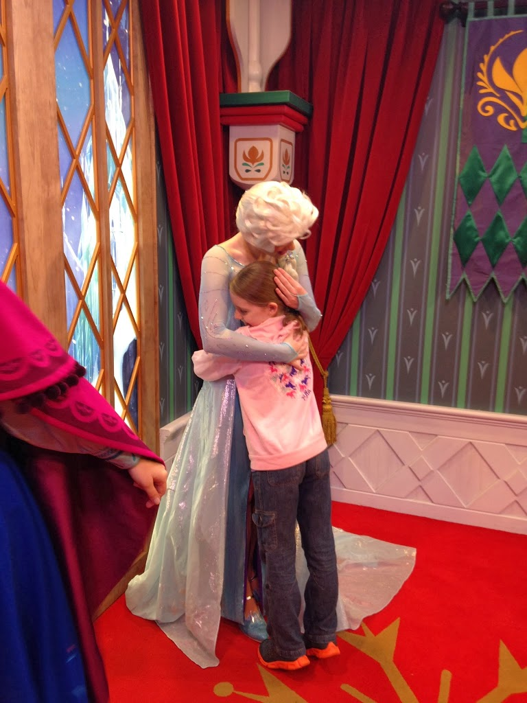 How We Met Elsa And Anna At Disney World With No Wait Time